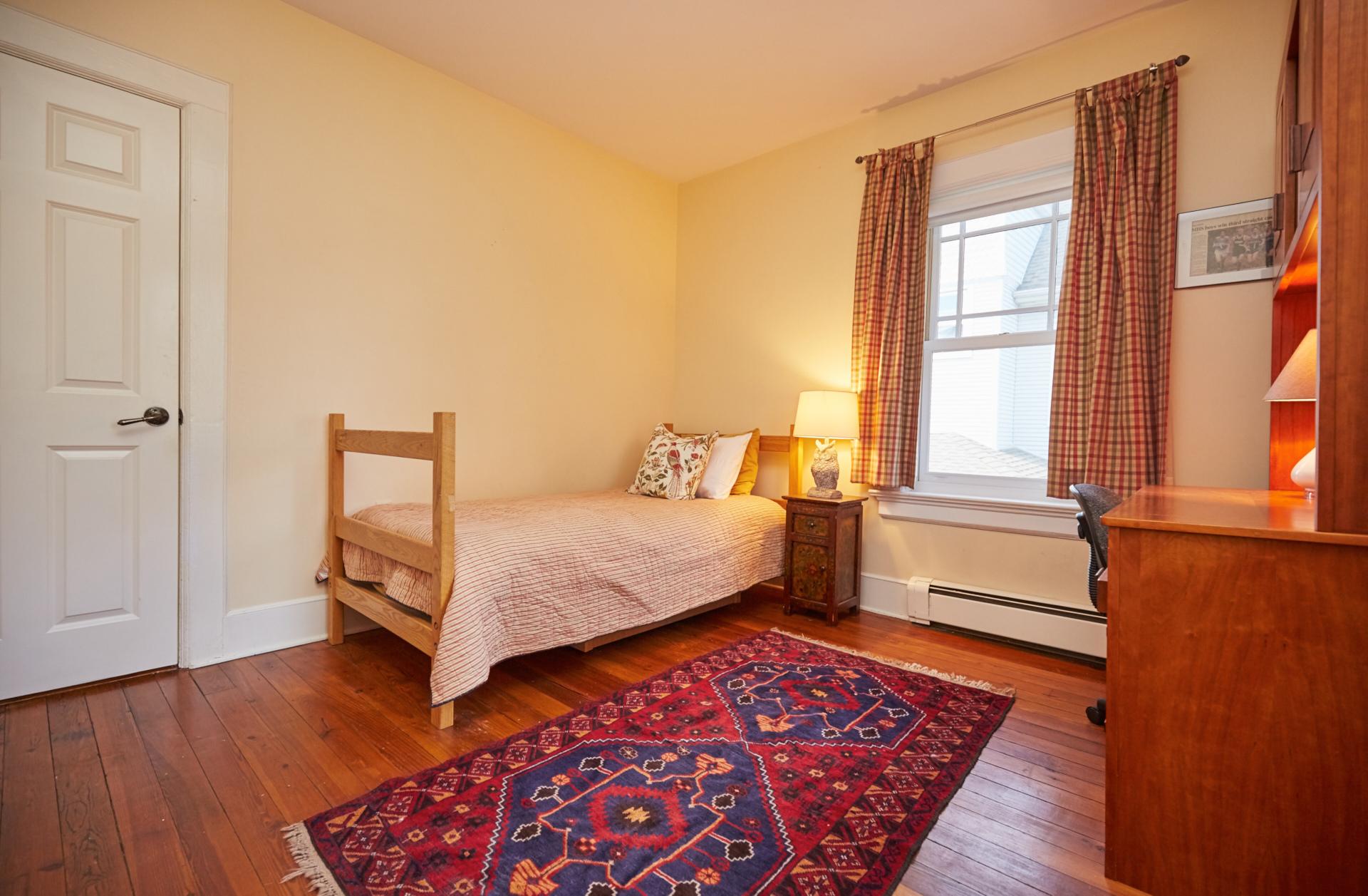16. Bedroom1