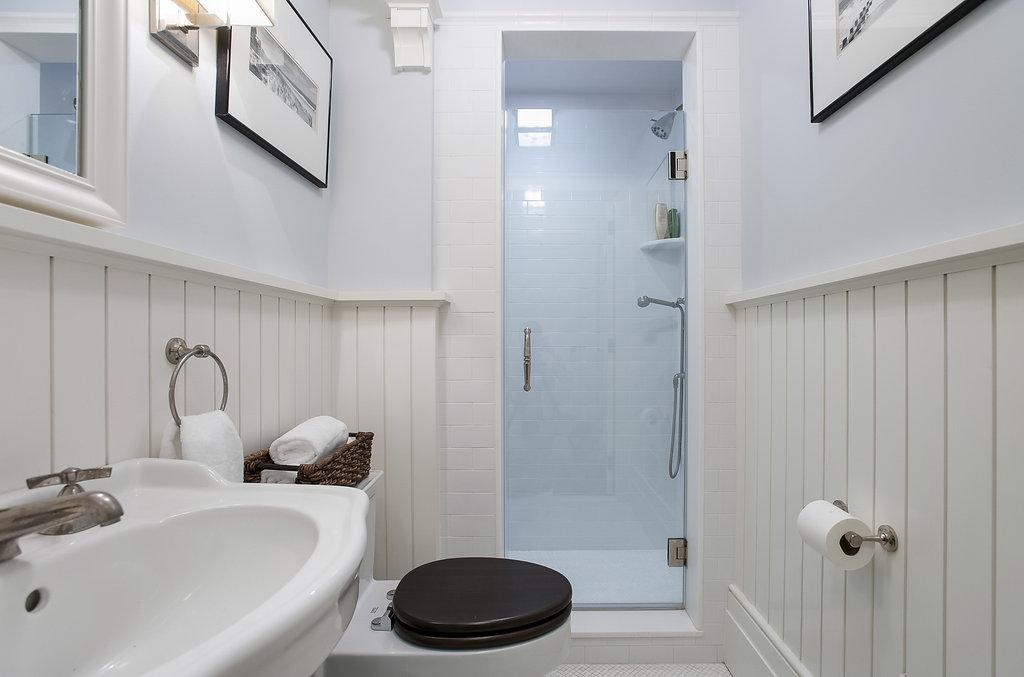 41. Basement – Bathroom