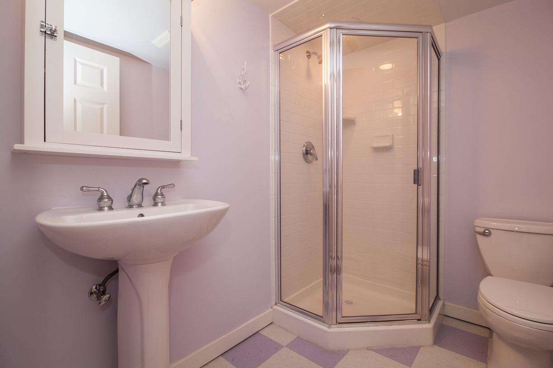 25. basementbath