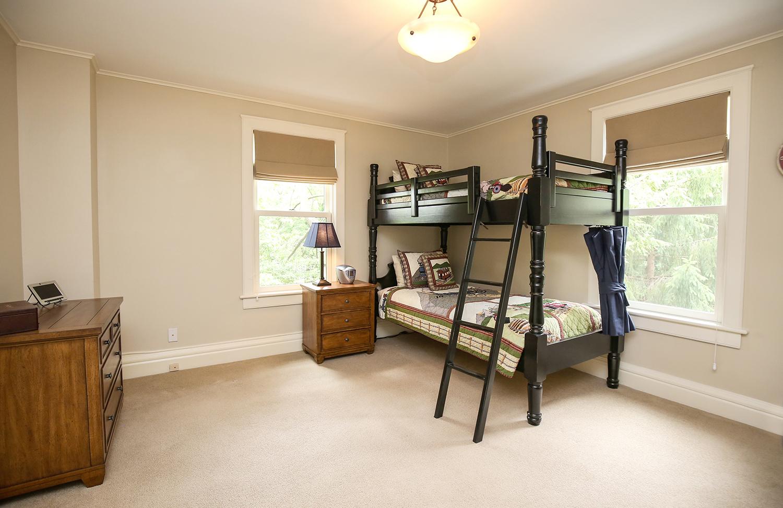 22. bedroom-5