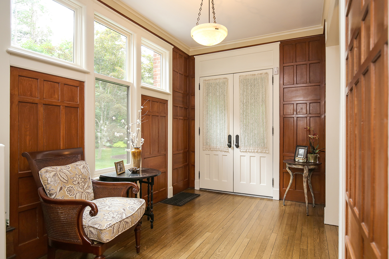 3. entry-foyer-2