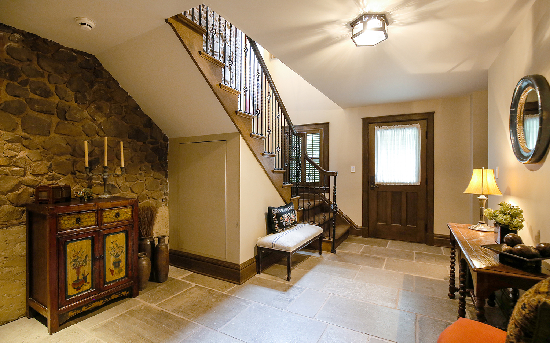 34. foyer-in-LL