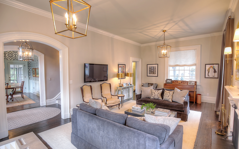 03b. Living Room – with Hall