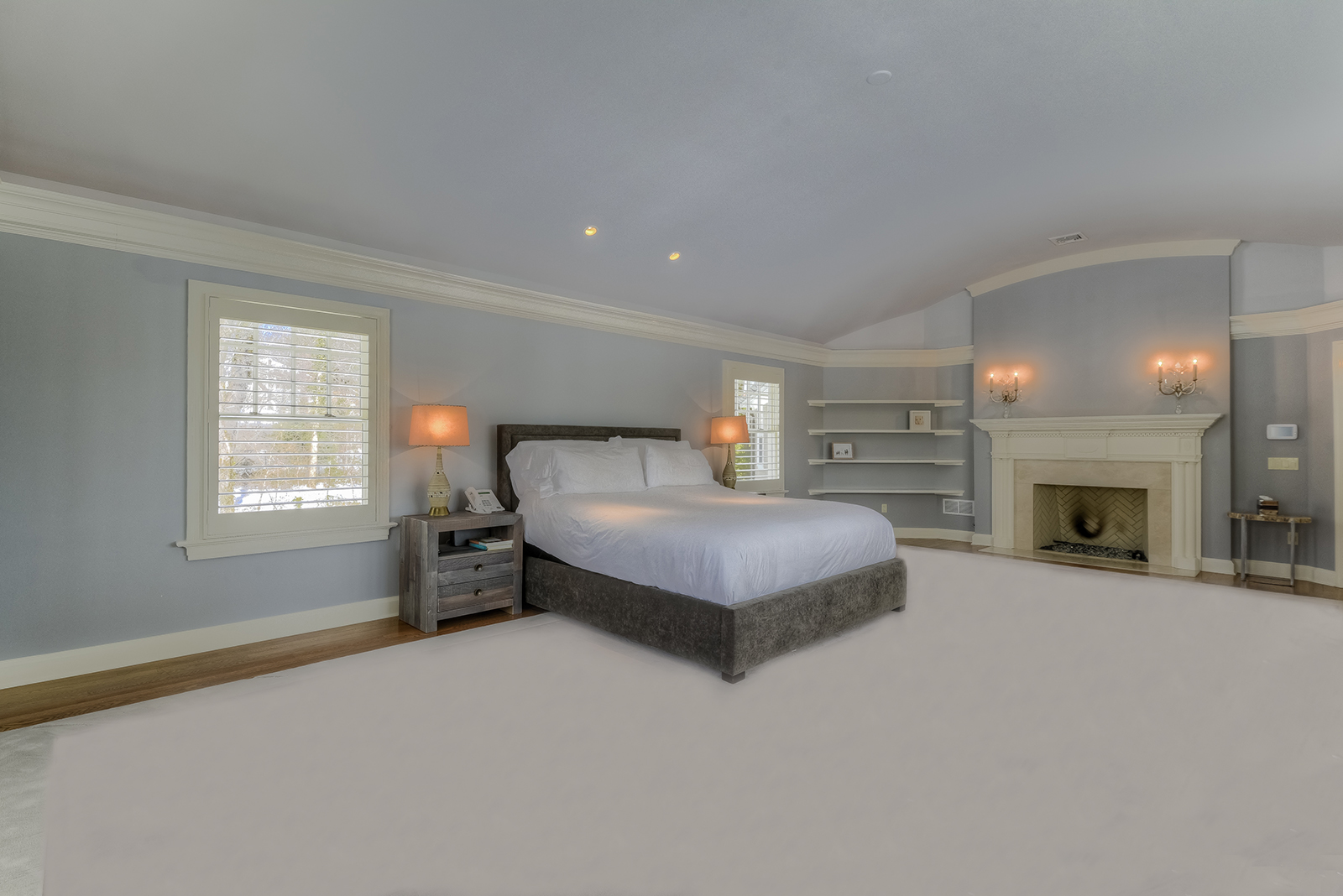 11a. MASTER BEDROOM TO FIREPLACE – _CC17818_19_20 copy