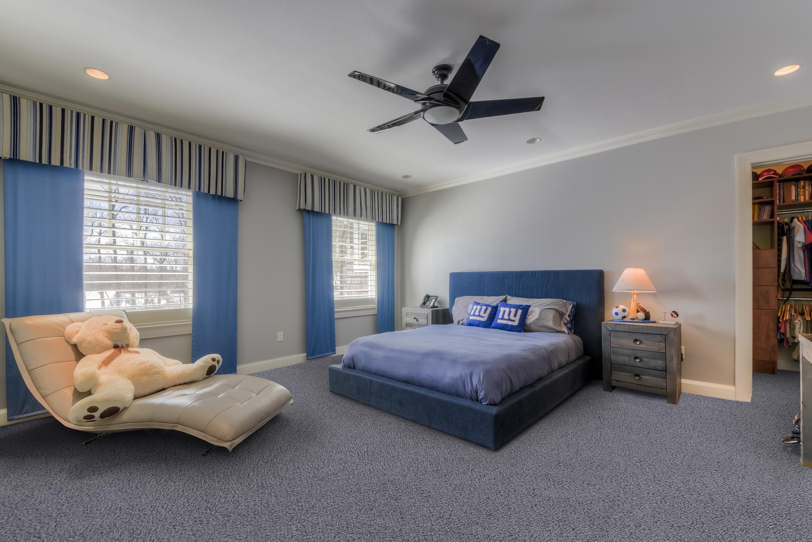15. Bedroom2-NYPillow _CC17845_6_7_edited copy