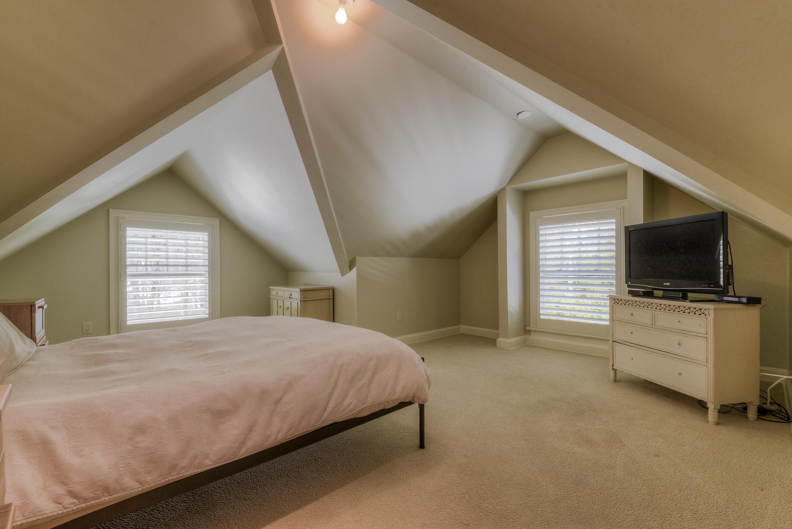 33. Bedroom6 – 3rd FLOOR – _CC17886_7_8 copy
