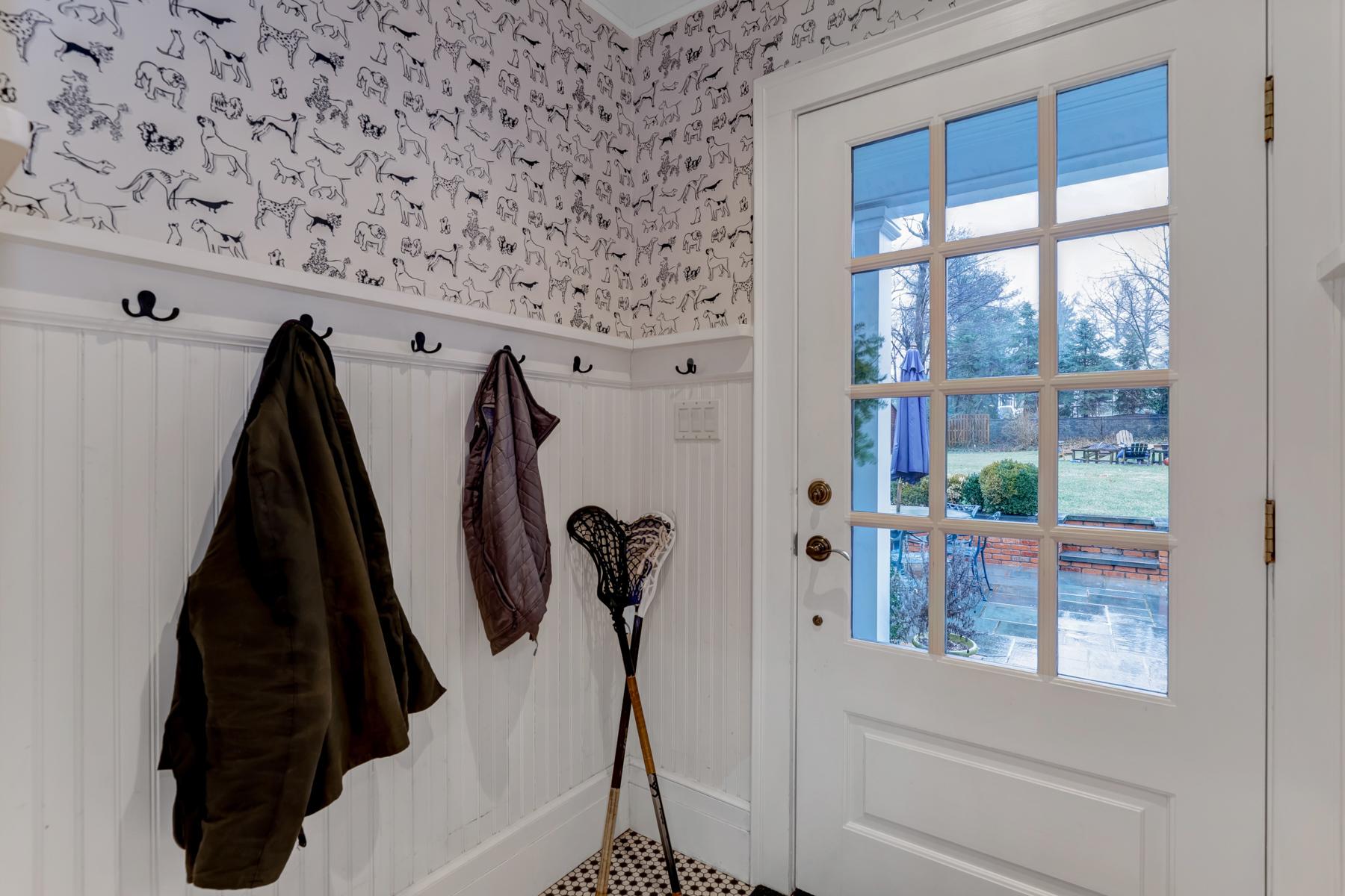 09. Mud Room – 33HobartAve-34_5_6.jpg- elizabeth winterbottom