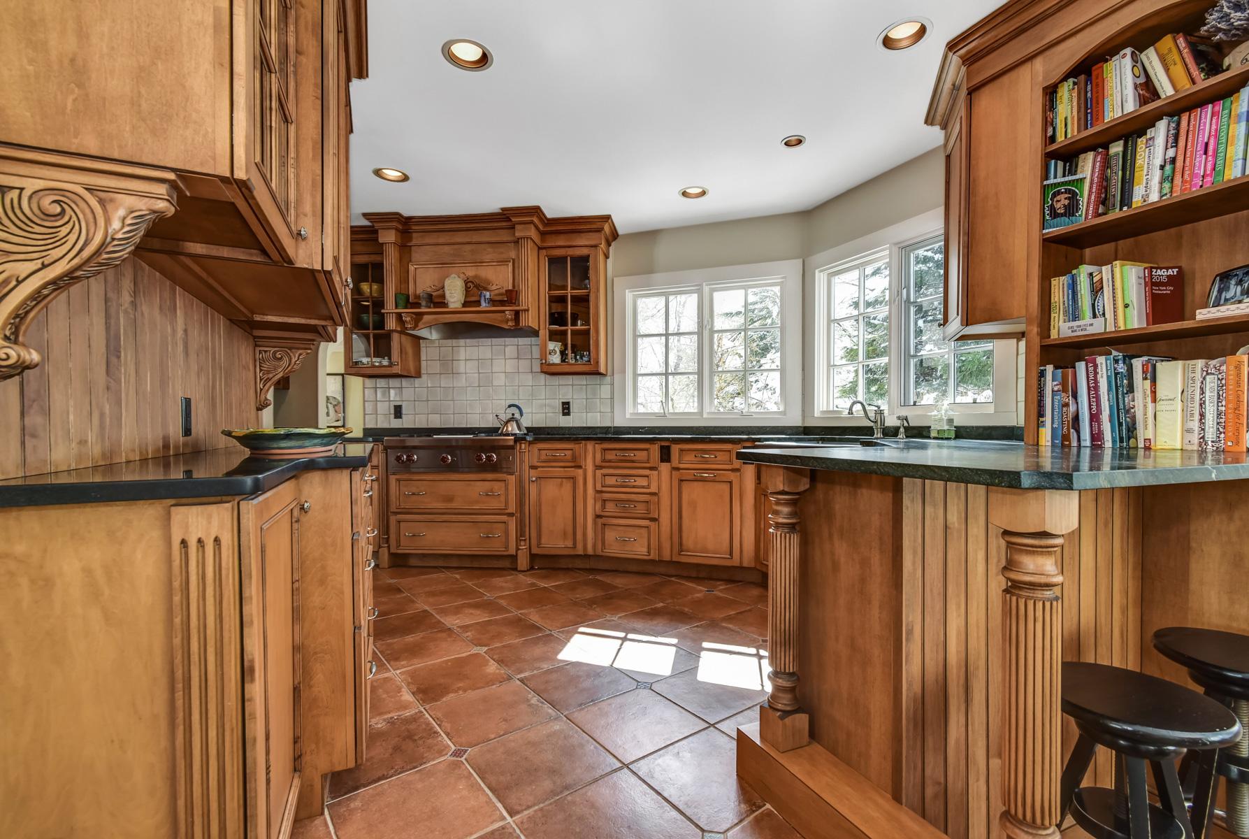 11. Kitchen to Sink – DSC_3599_600_601