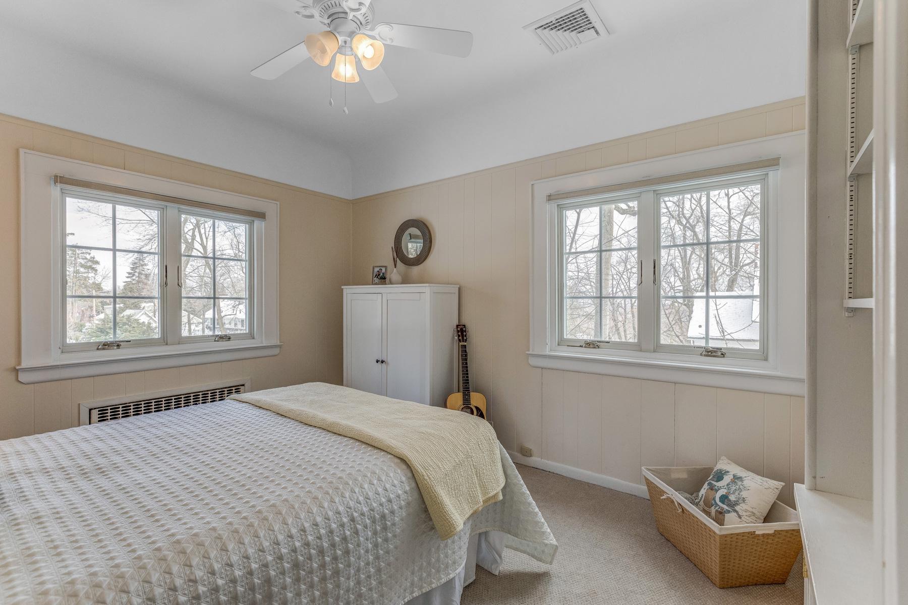 16. Bedroom 4:Guest room_53A9335_6_7