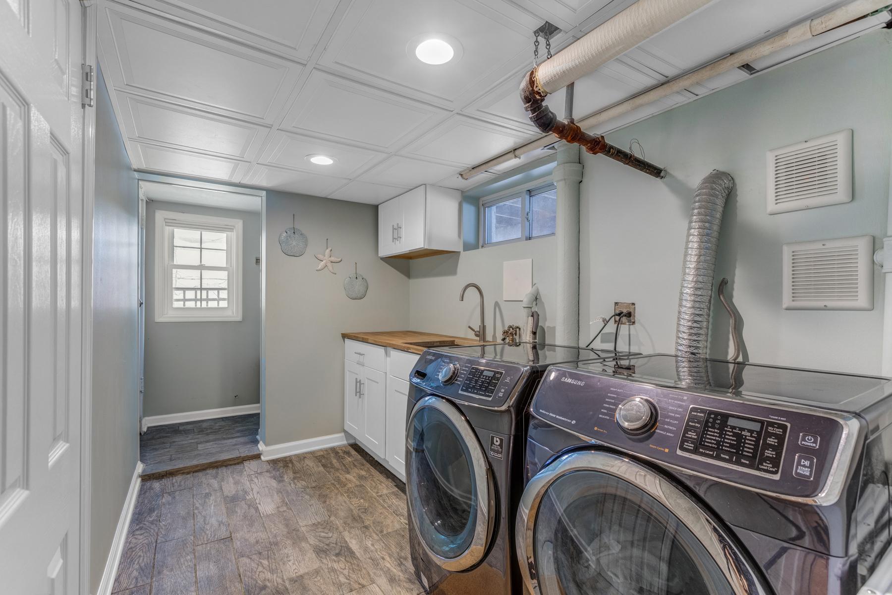 22. Laundry room_53A9419_20_21