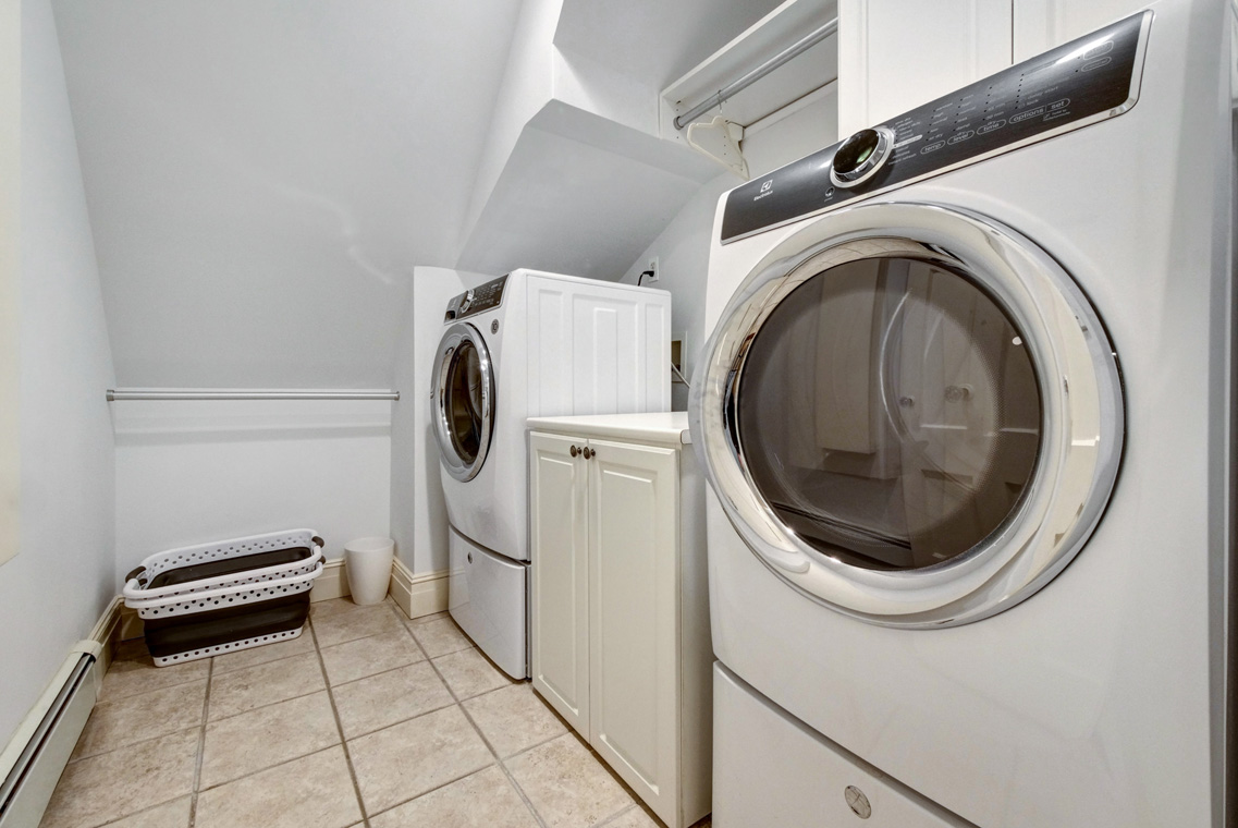17. Laundry Room – VMD (47 of 62)