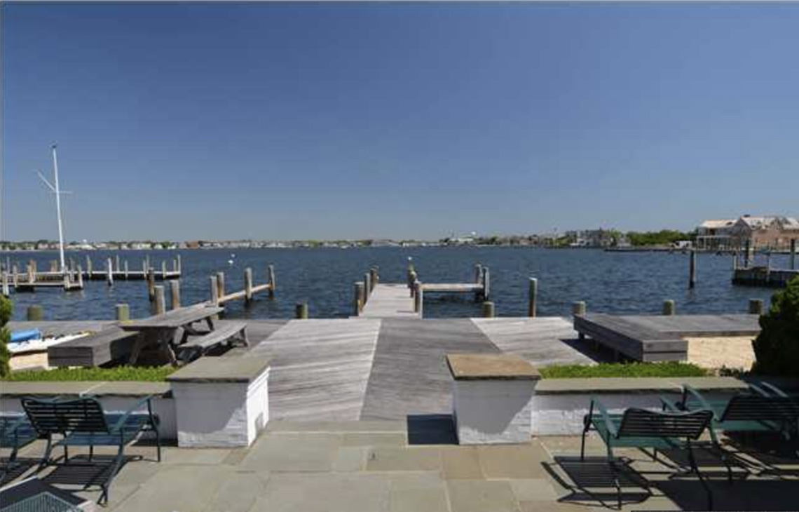 18. Patio & Dock – 216C