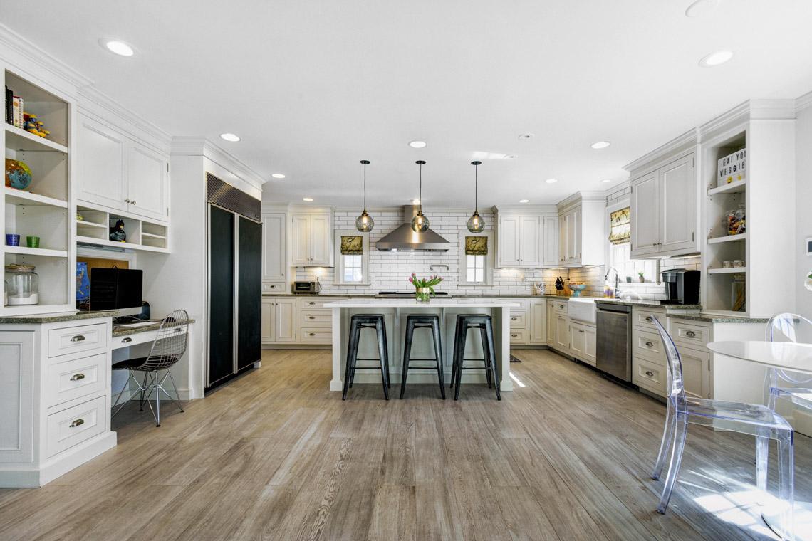009a. Kitchen – Straight – VMD (24 of 42)