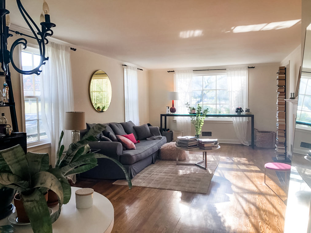 03. Living Room to Street – 330TRS