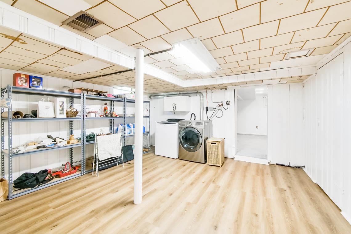 21. LL Laundry – VMD_016