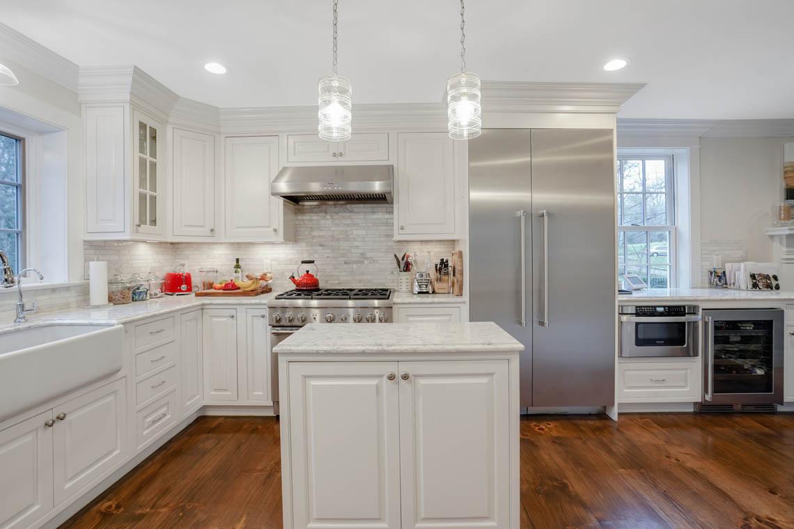 07aa. Kitchen Straight to Island – VMD_017
