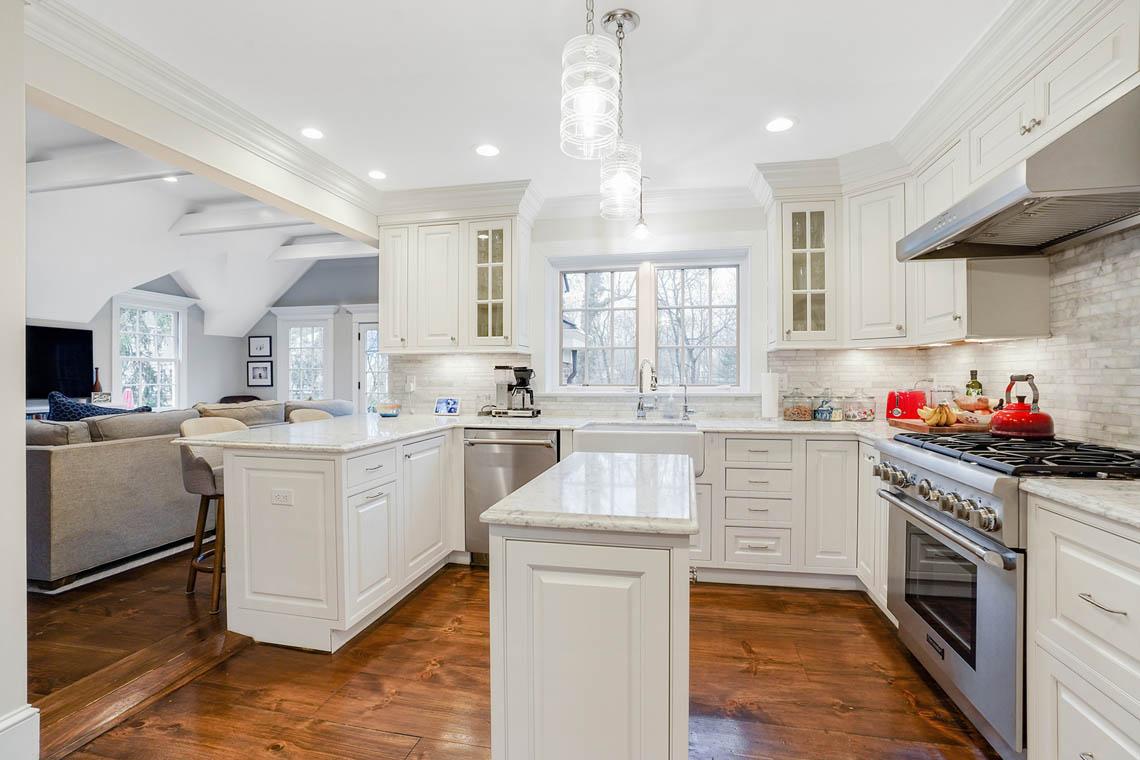 07ab. Kitchen to window – VMD_013