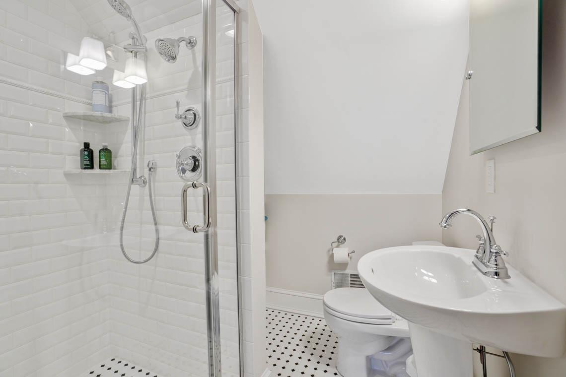 15. BATH 3rd Floor – VMD_027