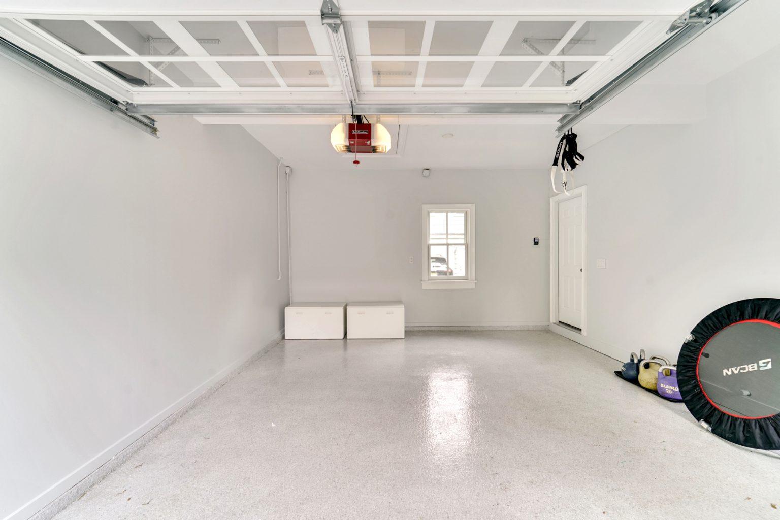25. Garage – VMD_028