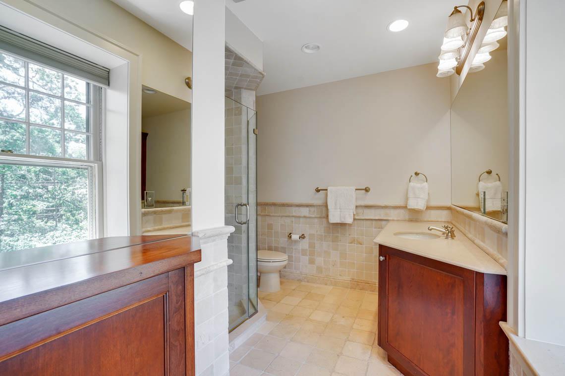 17. Full Bath4 – VMD_025