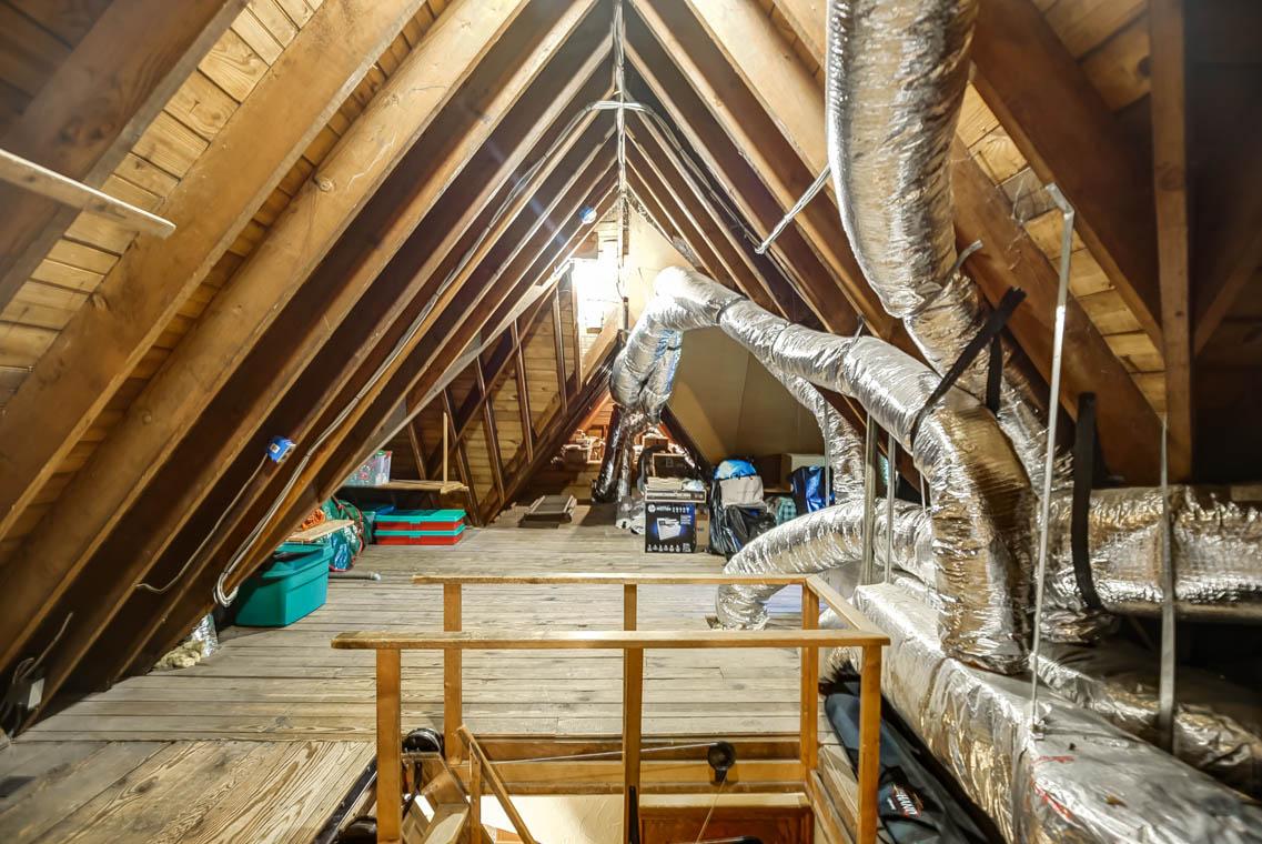 19. attic IMG_2779_80_81